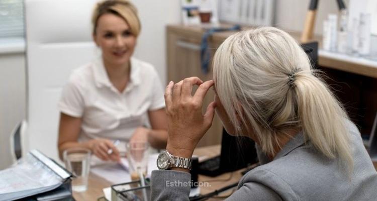 Problémy pleti u žen vmenopauze se dají řešit jednoduše