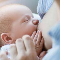 Vše o zvětšení prsou před kojením a po něm