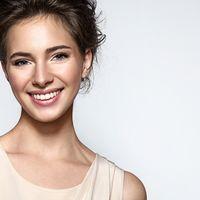 Kombinace miniinvazivních zákroků a vhodné kosmetiky úspěšně bojuje s projevy stárnutí