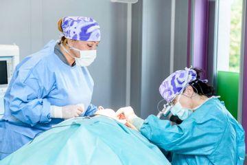 Operační sál (3)