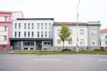 Poliklinika Karlov