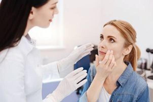 Průběh ošetření pigmentací chemickým peelingem