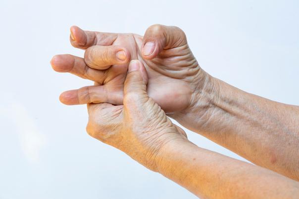 operace ruky
