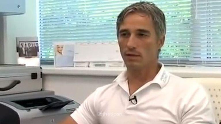 Plastická operace prsou a břicha, MUDr. Roman Kufa, Perfect Clinic