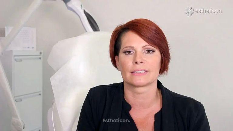 Pacientka Monika: Omlazení obličeje biorevitalizací Profhilo® a výplněmi Aliaxin®